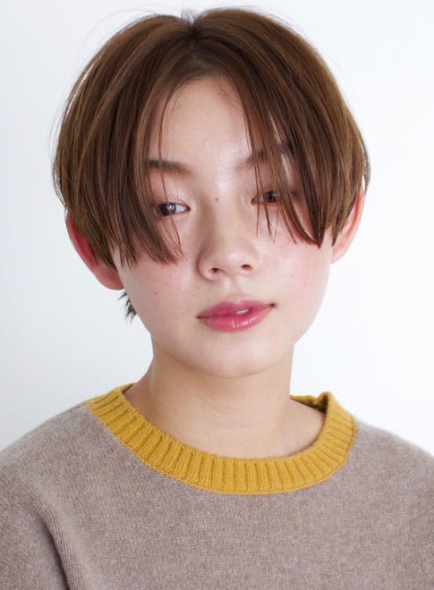 大人カジュアルなボーイフレンドショート 髪型ショートヘア