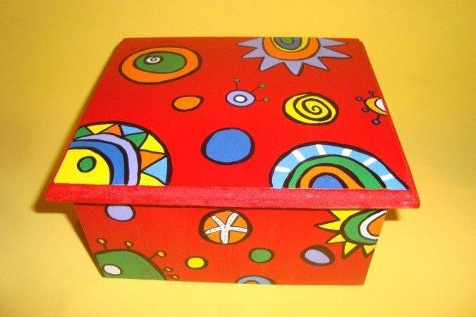Caja pintadas a mano buscar con google pintura for Cajas pintadas a mano