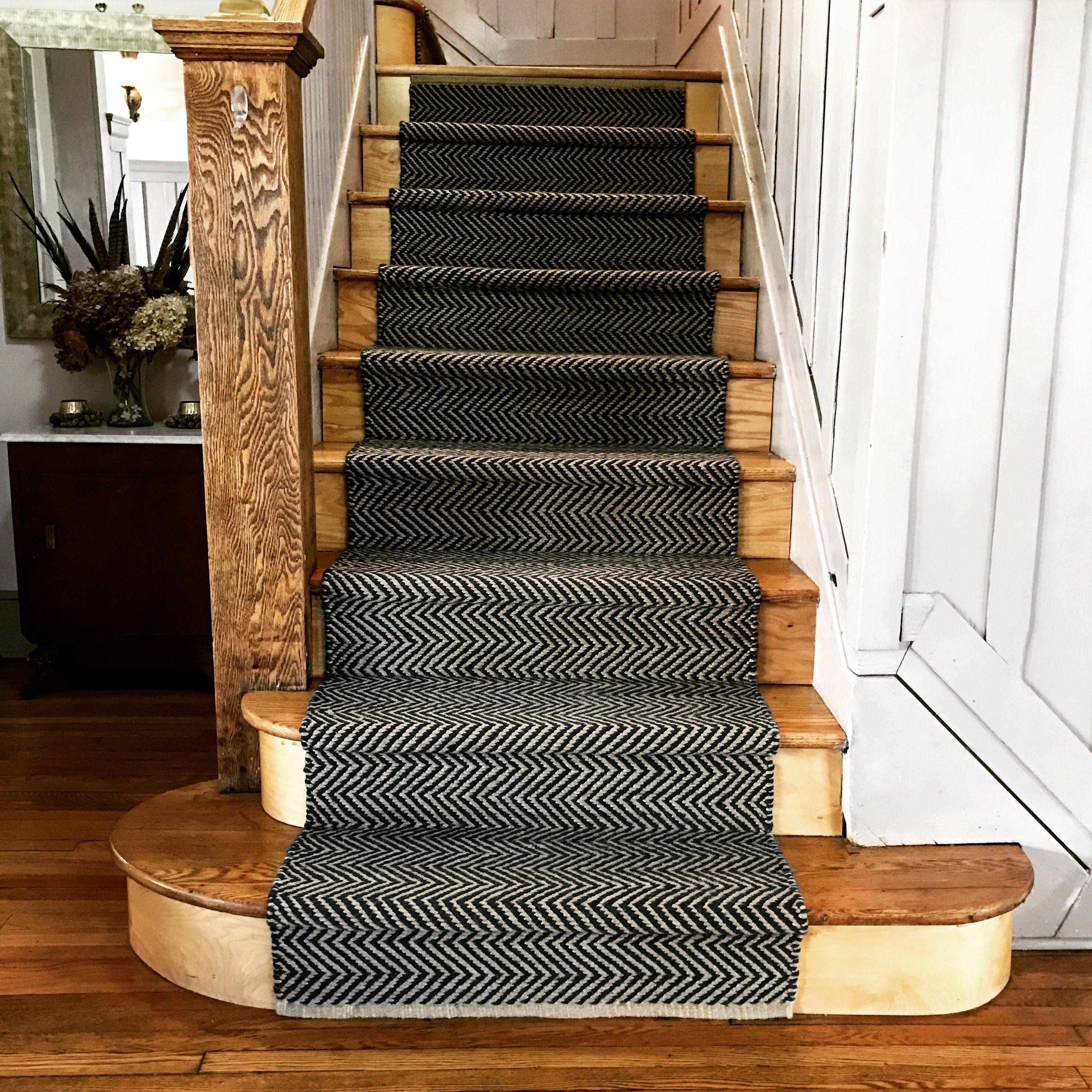 Best Stair Runner Dash And Albert Arlington In Navy Stair 640 x 480