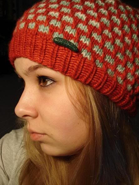 Cute knitted pattern hat | TUQUES | Pinterest | Gorros