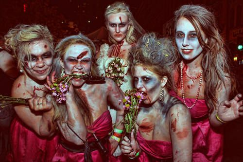 Halloween Bridesmaid Costumes.Zombie Bridesmaids This Is Awesome Halloween
