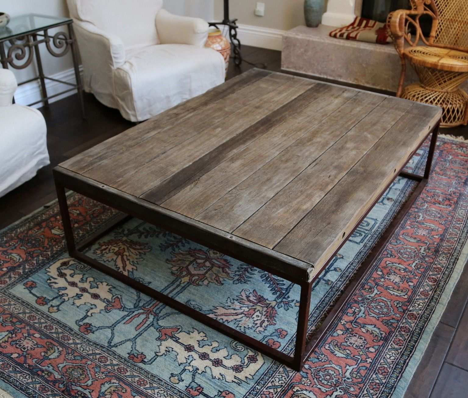 5 ideas for a do it yourself coffee table lets do it decorating 5 ideas for a do it yourself coffee table lets do it coffeetable homedecor solutioingenieria Images