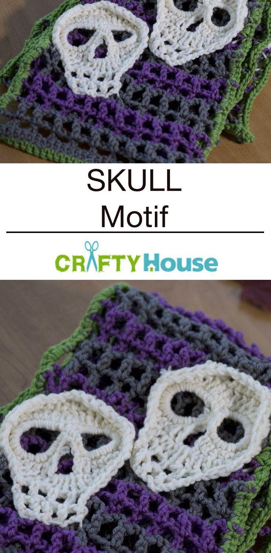 Skull Motif: The Perfect Halloween Accessory!