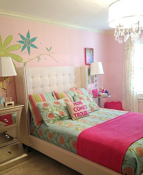 Beautiful Tricks To Make Your Small Bedroom Feel Larger