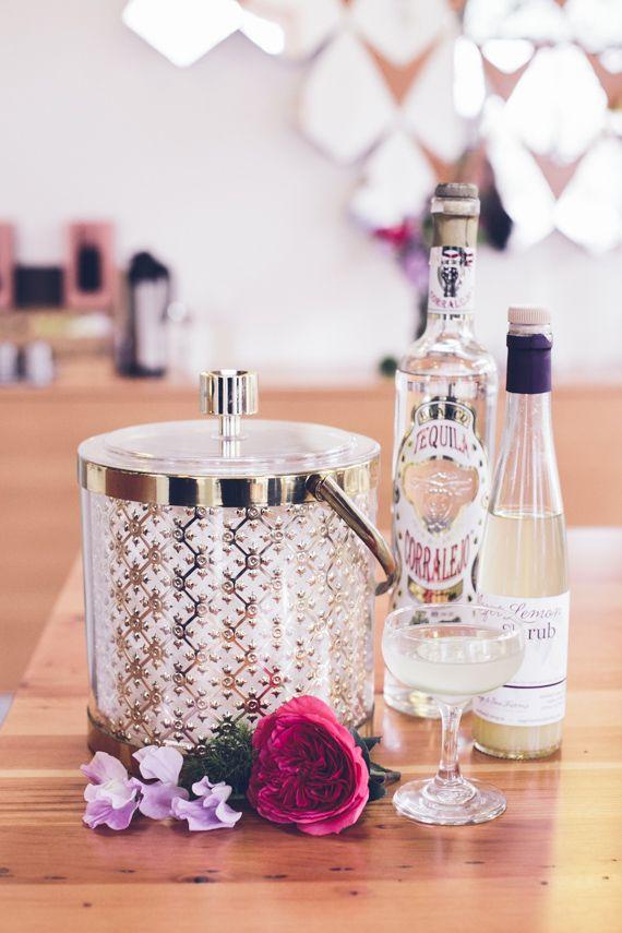 Vintage inspired cocktails Photo by Myles Katherine | 100 Layer Cake #vintage #pastel #cocktails #bridalshower