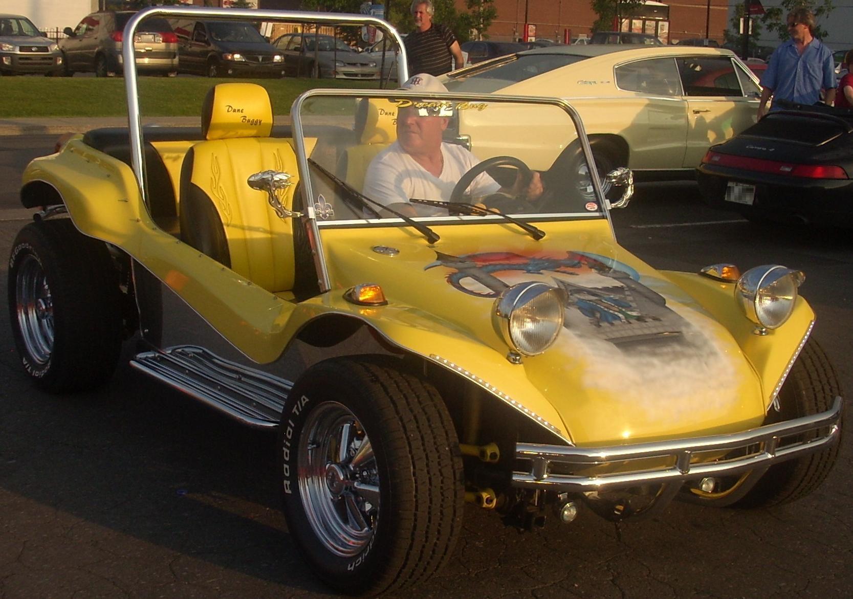 Billede fra http://upload.wikimedia.org/wikipedia/commons/5/5a/Volkswagen_Dune_Buggy_(Gibeau_Orange_Julep_'10).jpg.