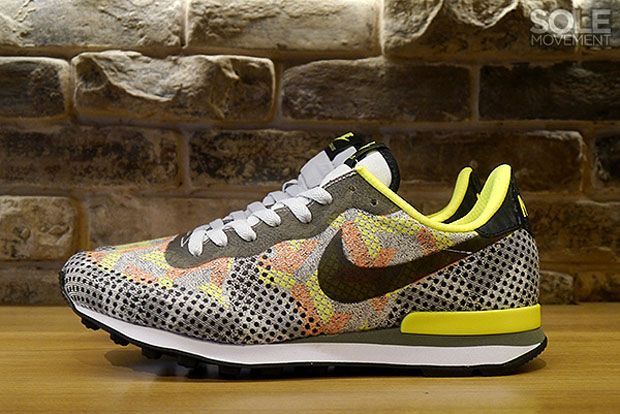 The Nike Internationalist Can't Decide Between Camo and Polka-Dots - SneakerNews.com