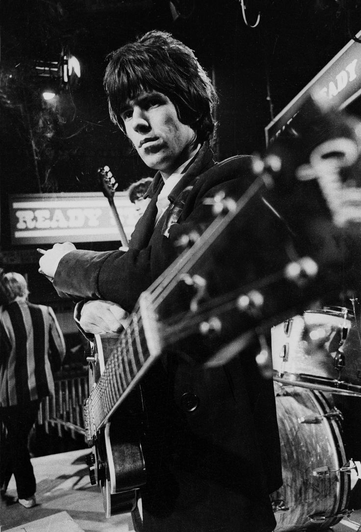 """""""Everything they'd been brought up not to do, they could do at a rock-and-roll show."""" ― #KeithRichards. [Life] ❤ #KeithRichards #StonesIsm #CrosseyedHeart #PattiHansen #CrosseyedHeart #MickJagger #Rock #Music #Legend #Quote #Life #Book"""