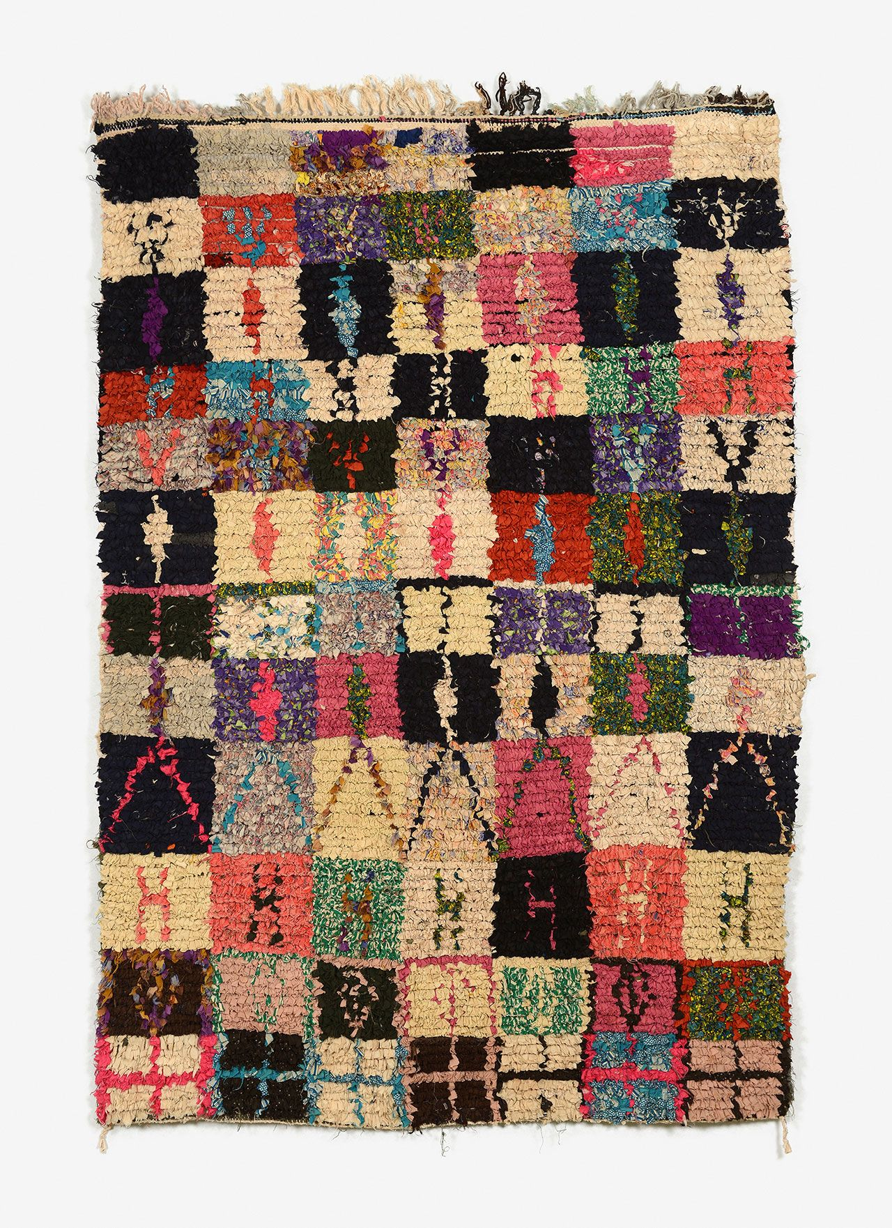 Couleurs D 233 Sert The Visual History Woven Into The Carpets