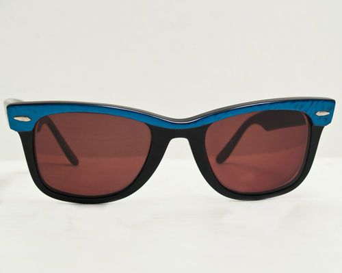 4dc5759346 VINTAGE RAY BAN WAYFARER B 5022 BLUE WATER PEARL BLACK FRAMES SUNGLASSES  USA Prescription lenses will need to be replaced