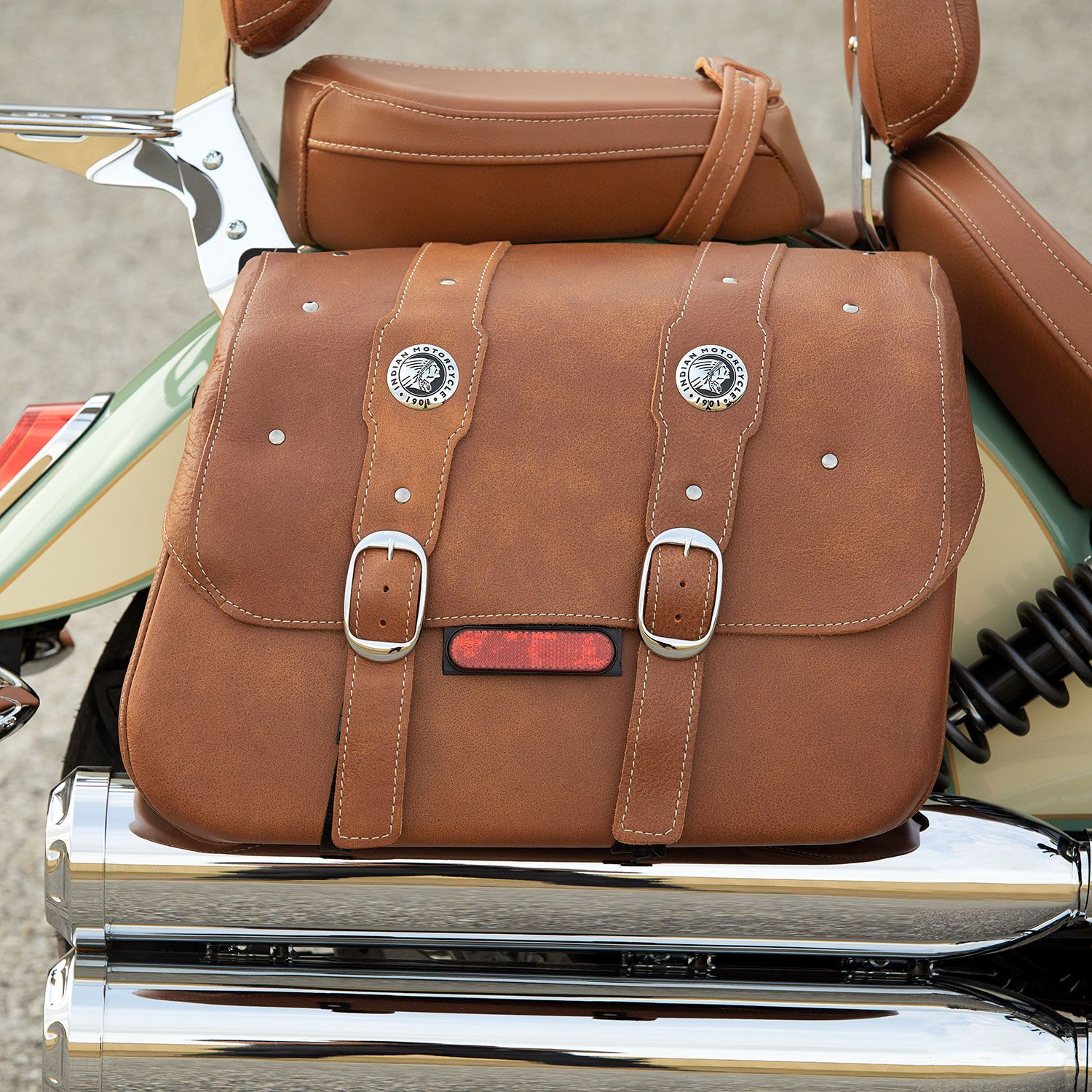 Victory Motorcycle Ladies Leather Purse Studded