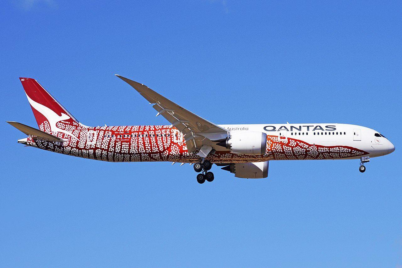 Qantas Vh Znd 25943274397 Qantas Wikipedia Aircraft Passenger Passenger Jet