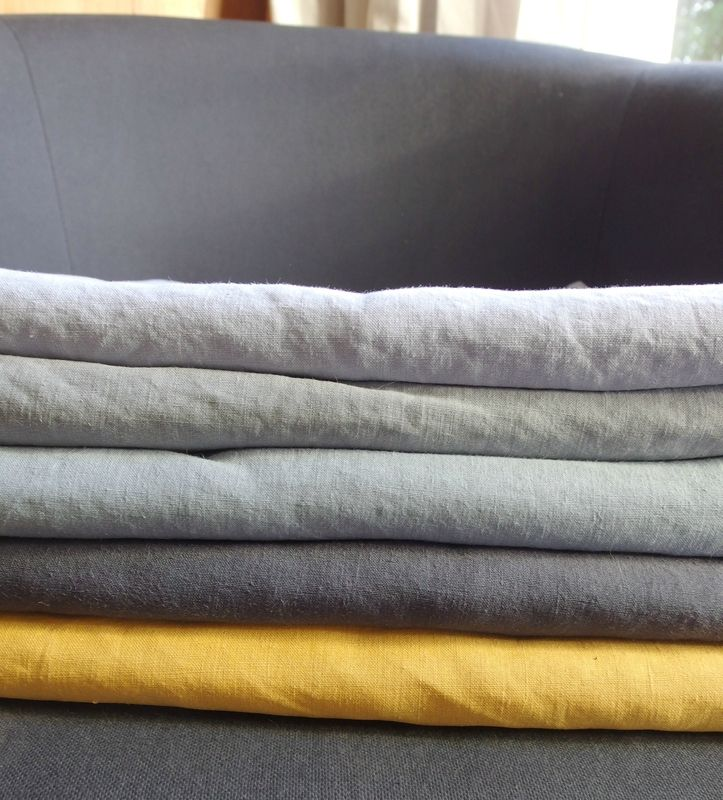 draps anciens en lin froiss violette garance le linge. Black Bedroom Furniture Sets. Home Design Ideas