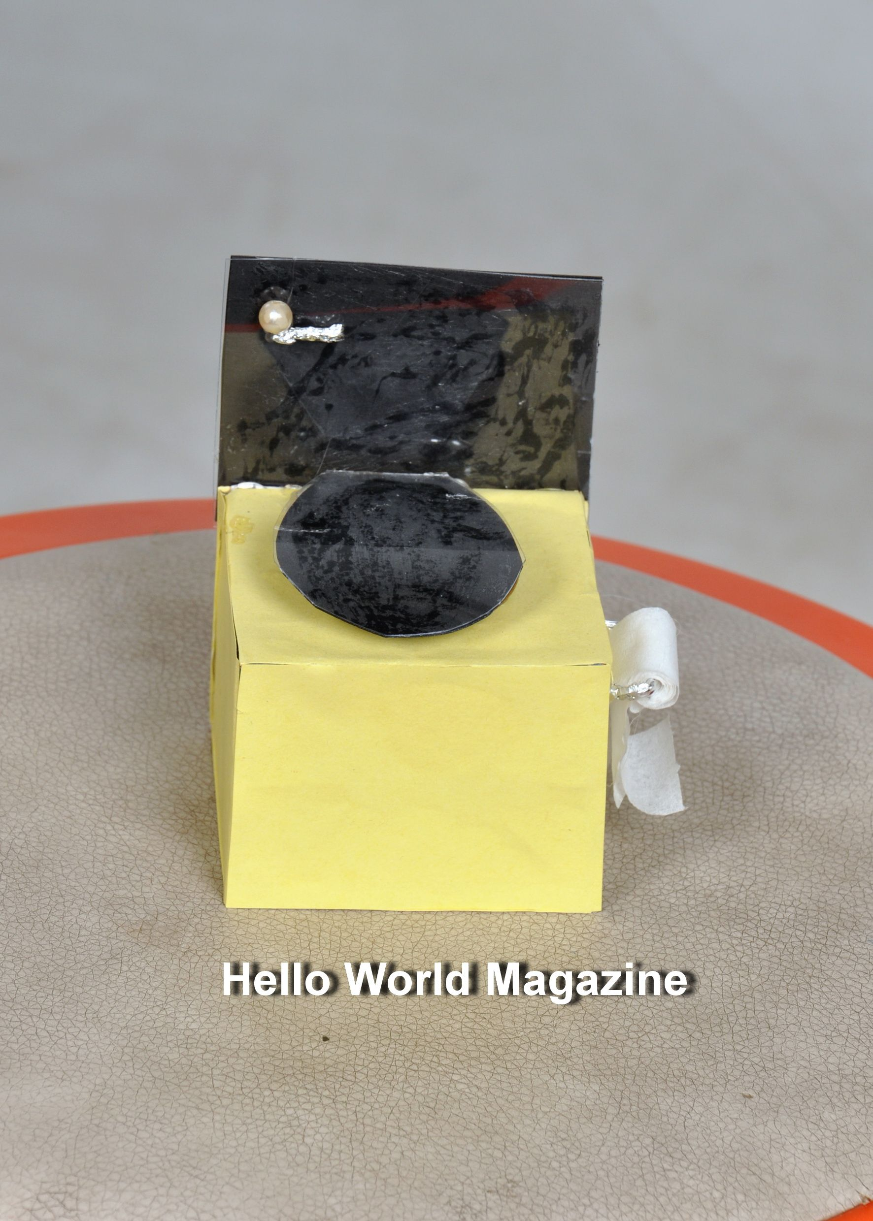 Making A Doll Toilet: When the home is built must be full, even if it was a house of your favorite dolls. Today we decided to teach you how to make a doll toilet by yourself. Enjoy tour time.