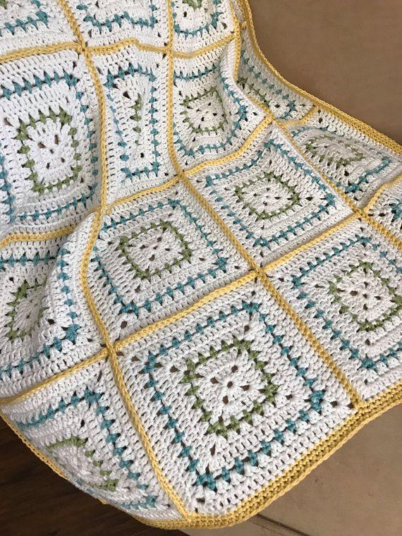 Crochet Blanket Pattern - Chunky Squares Crochet Baby Blanket ...