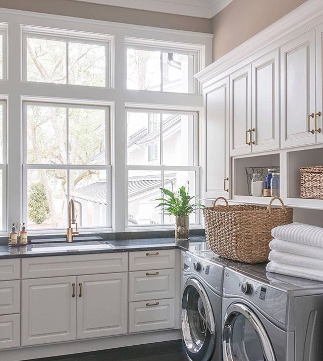60 Beautiful Small Laundry Room Designs: Gorgeous Details // Laundry Room