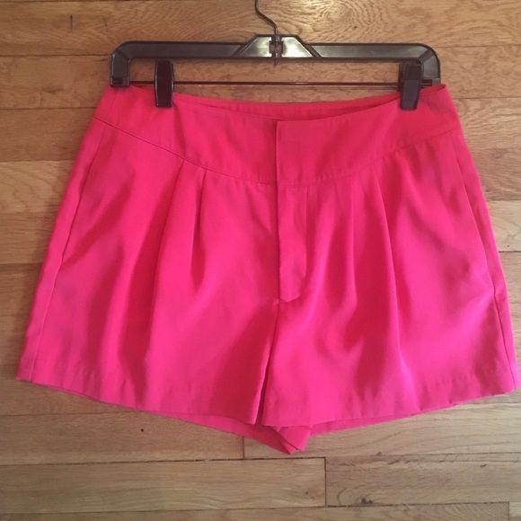 Jennifer Lopez Pants - Jennifer Lopez Hot Pink Shorts