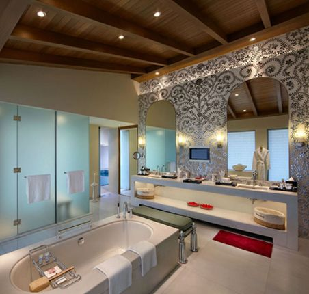 itc gardenia bangalore this jaw dropping bathroom is from the rh pinterest com