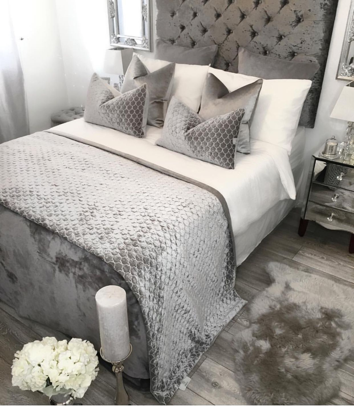 Pin By Joias In Vogue On Bedroom Ideas Grey Decor Silver