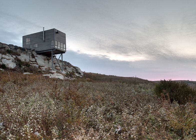 Cliff House in Nova Scotia by MacKay-Lyons Sweetapple Architects ...