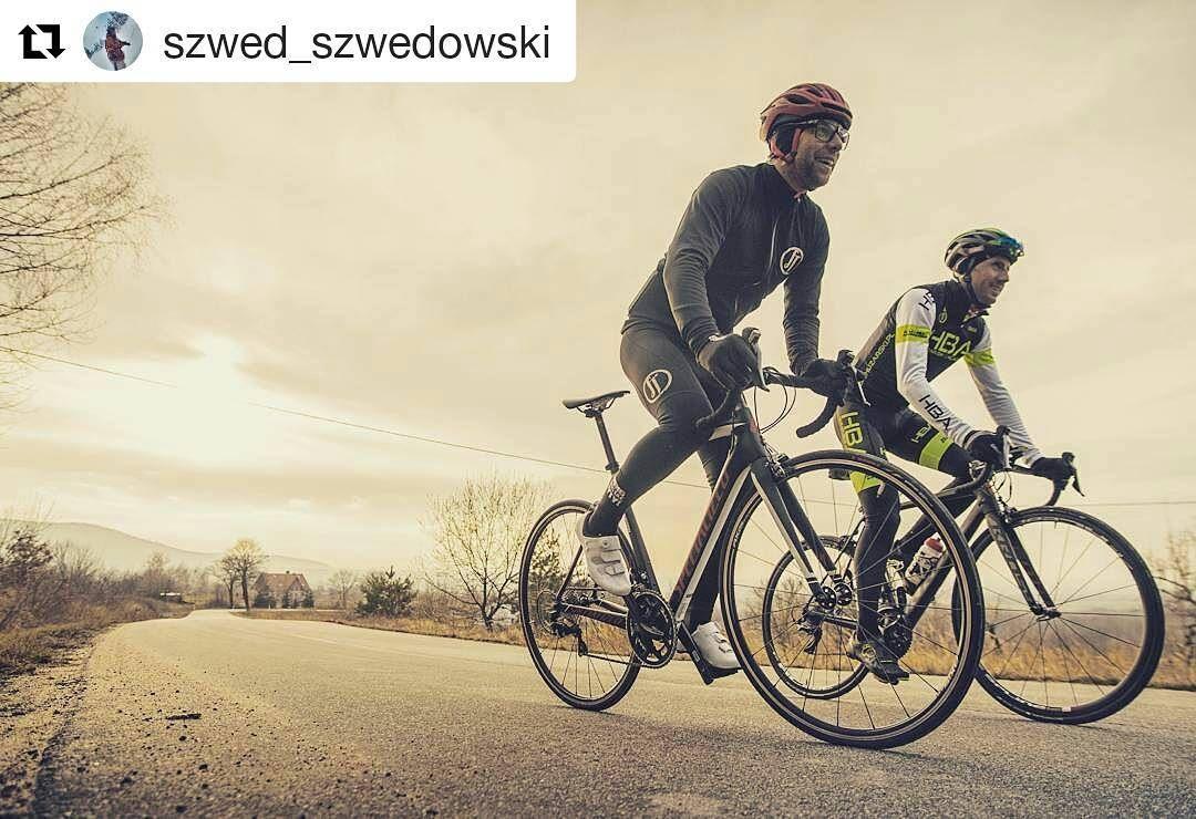 Wiosenna Przebiezka Szwed Szwedowski With Huzarskibartosz Fot Emtekowicz Wspolpraca Immotionpl Frontrear Wear Huzarbikeacademy Bicycle Motorcycle Moped