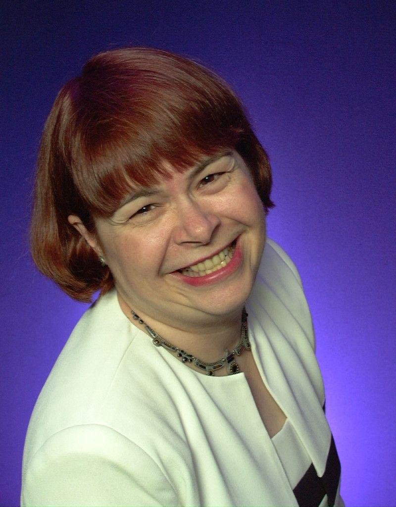 Audrey Quock,Neve Campbell Adult fotos Vivien Merchant (1929?982),Marjorie Villis