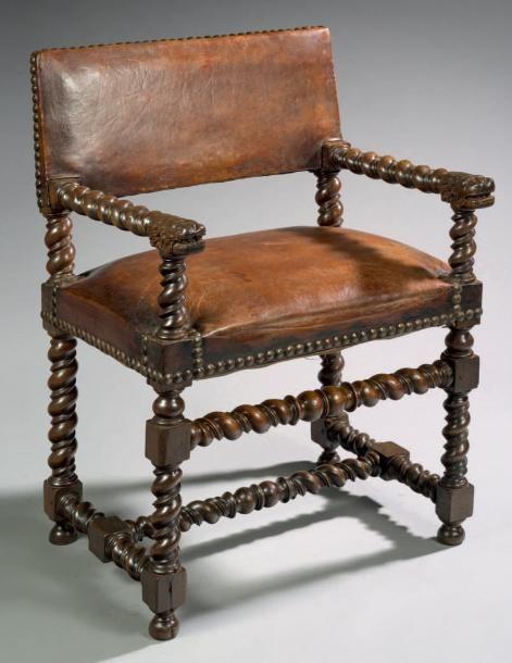 Chaise A Bras A Tetes De Lions Bois De Noyer H 89 Cm L 58 Cm P 49 Cm France Languedoc Debut Du Xviie Baroque Furniture Carved Chairs Western Furniture