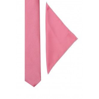 Cool Combo of Necktie and #pocketsquare a combination which will go with both light and dark. Visit http://goo.gl/LpWFc2
