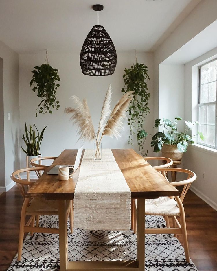 Bohemian style minimalist dining room table decor ideas