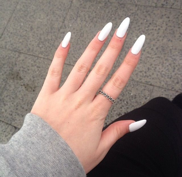 White Long Curved Fave Oval Acrylic Nails White Acrylic Nails Almond Acrylic Nails