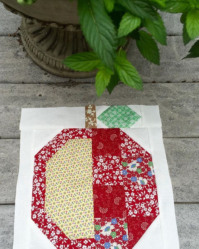"""Fall is here! Here's my first """"Apple Picking Quilt"""" block"""