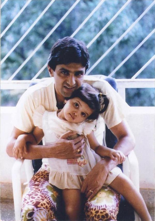 20 Photos Of Deepika Padukone S Father And Badminton Legend Prakash Padukone Childhood Photos Deepika Padukone Bollywood Heroine