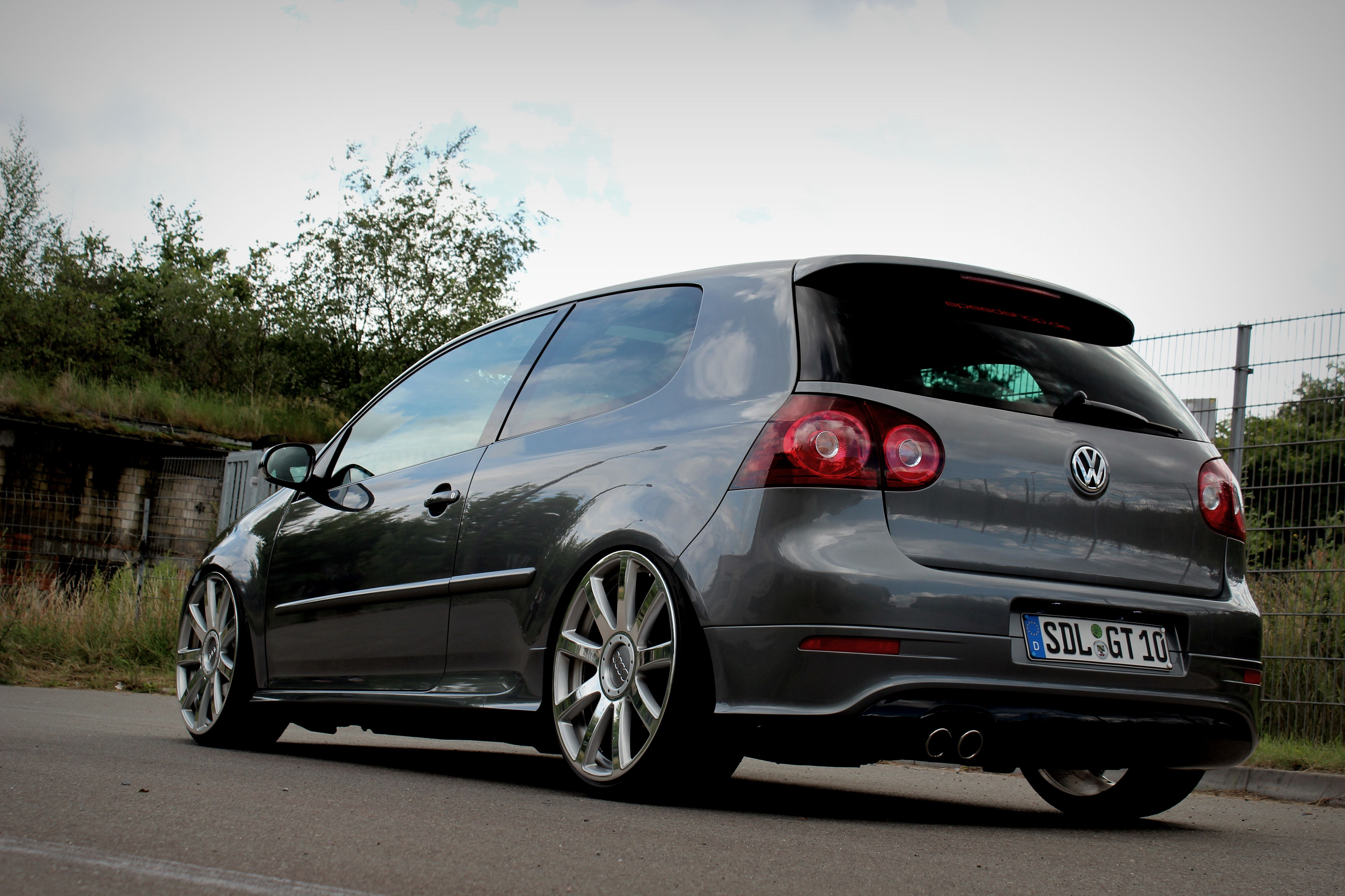 golf 5 gti cars pinterest vw cars and wheels. Black Bedroom Furniture Sets. Home Design Ideas