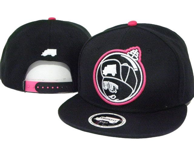 Trukfit Black Snapback Caps on Sale - pop snapback