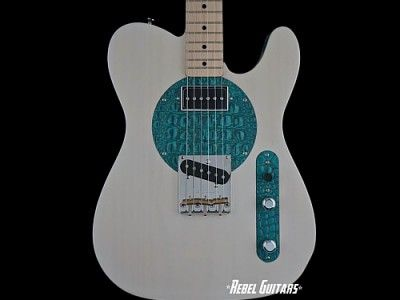 red-rooster-52-white-aqua-guitar