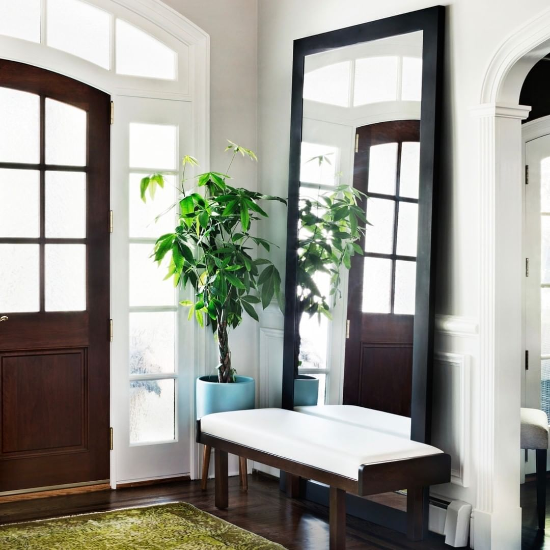 Z Interiors On Instagram A Large Mirror And A Simple Bench Are Two Major Foyer Necessities Large Mirror Decor Simple Benches Foyer Ideas Entryway