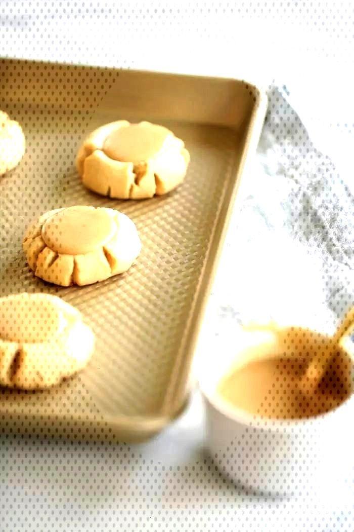 Caramel Sugar Cookie Recipe | Fall Cookie Week | Julie Blanner Amazing salted caramel sugar cookie