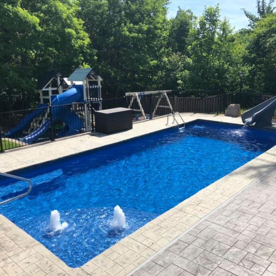 The Great Lakes Pool By San Juan Fiberglass Pools Beach Entry Pool Pool Fiberglass Swimming Pools