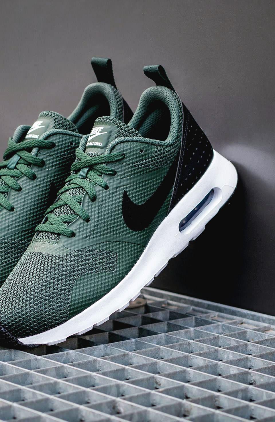 Nike Air Max 2016 (BlackWhite) Sneaker Freaker
