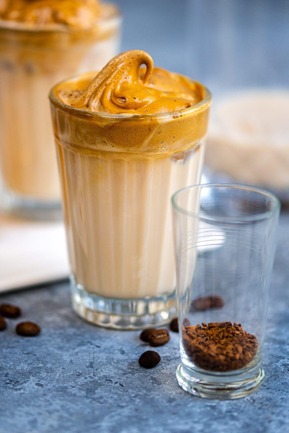 Baileys Whipped Coffee / Dalgona Coffee di 2020