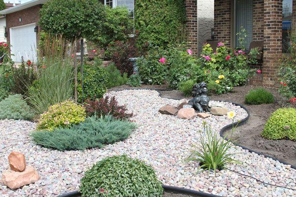 2013 Saskatoon Horticulture Society Bus Tour Garden Design Gravel Garden Garden Tours
