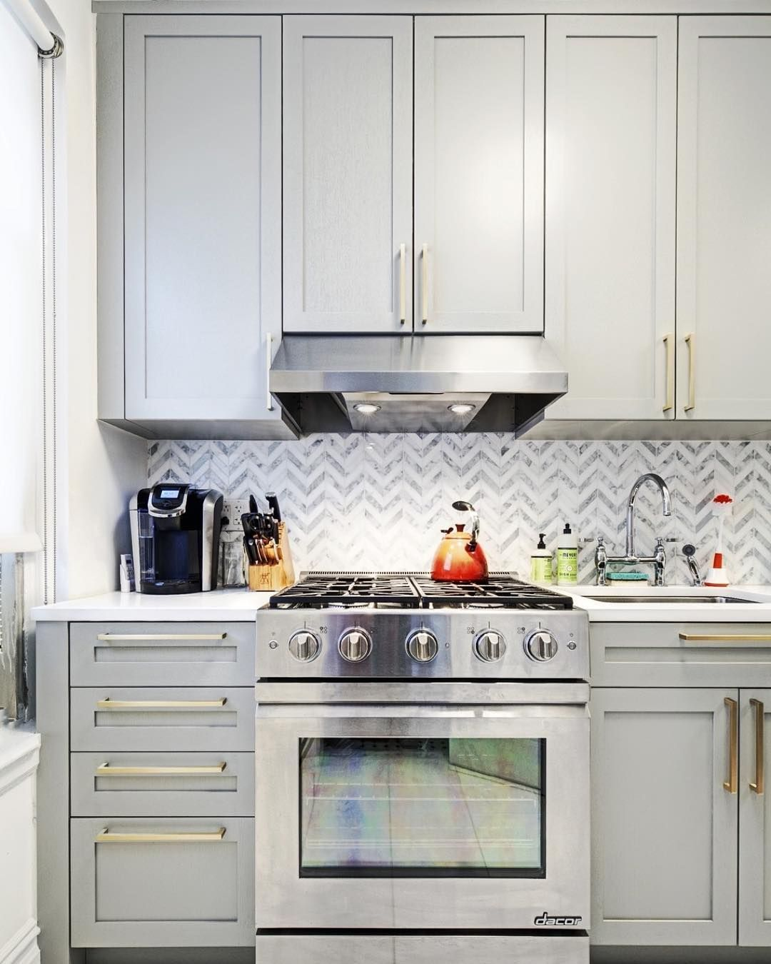 A Greenwichvillage Kitchen Renovation Plays With Contrasting
