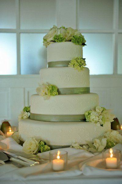 Pin On Gâteaux De Mariage