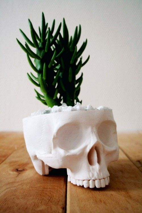 16 DIY Skull Decorations For Halloween Shelterness  halloween - skull halloween decorations