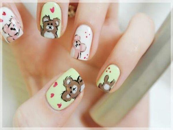10 Terrific Teddy Bear Nail Designs