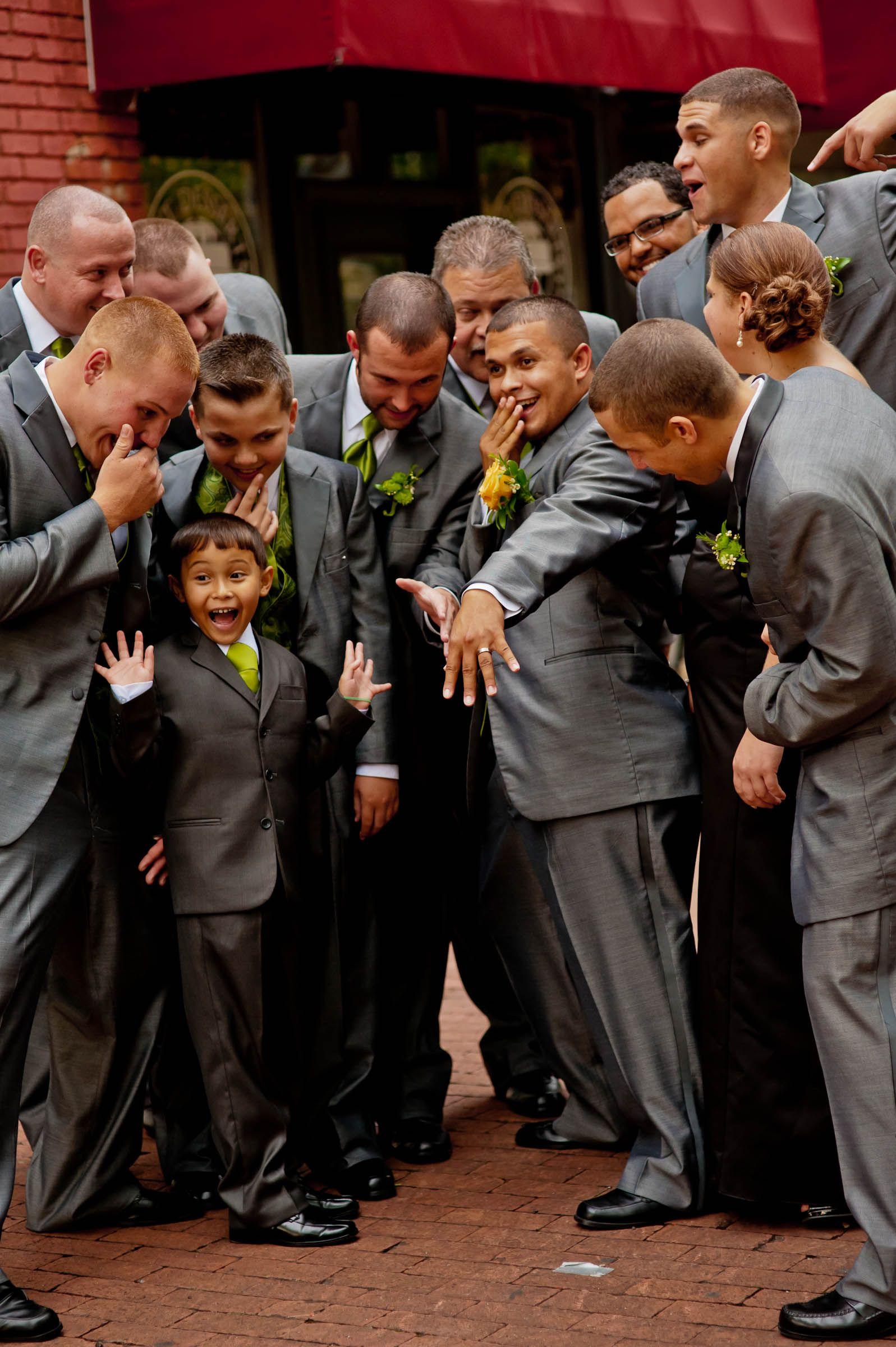 Funny Groomsmen Pose Groomsmen poses, Groomsmen wedding