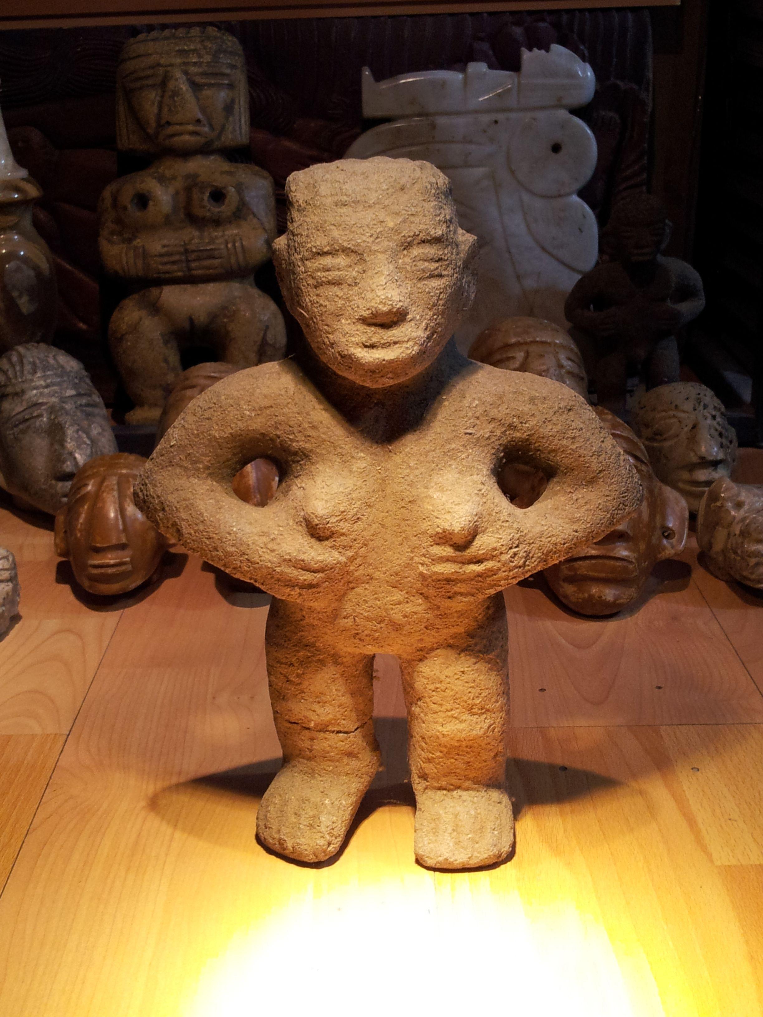 PRECOLUMBIAN ART -replicas de muy alta calidad en piedra - jade - materiales alternativos