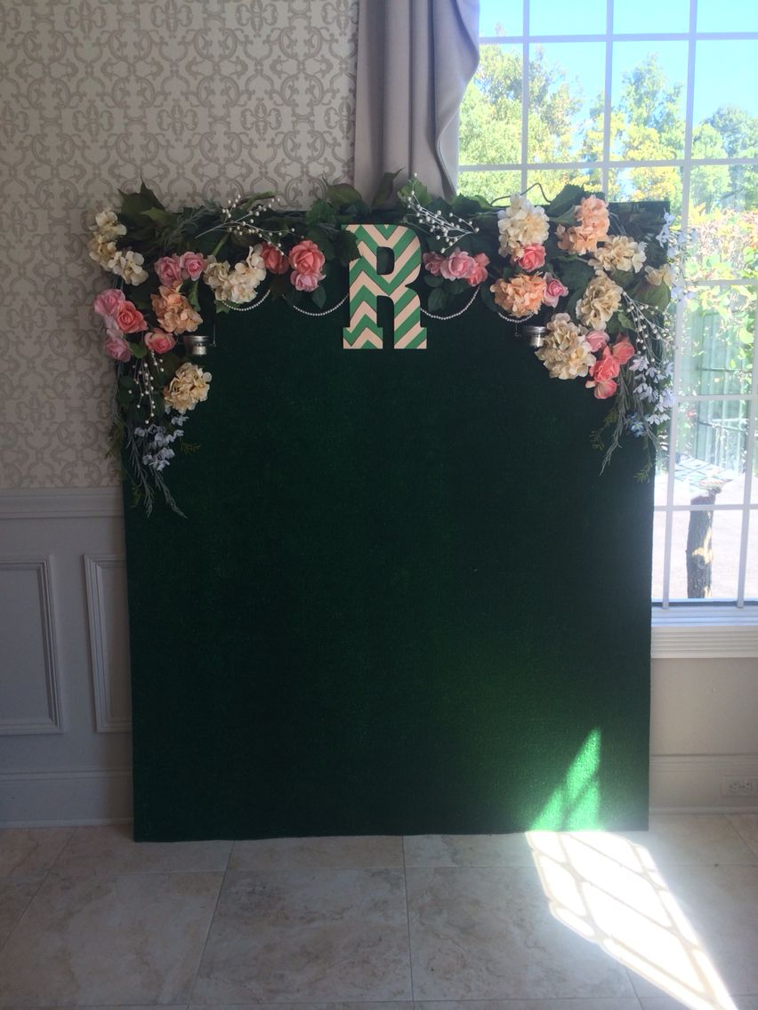 Wedding Photo backdrop with artificial grass, greenery