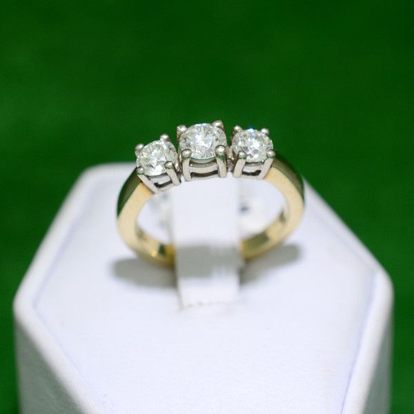 Yellow Gold 1ct TDW 3-Stone Diamond Past Present Future Anniversary En – MoneyMan Pawn
