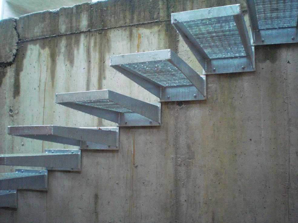 Escalera s lo de pelda os en acero galvanizado www - Escaleras de peldanos ...